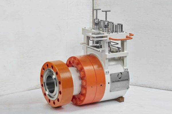 SUBSEA SWIVEL AND CONNECTORS FOR FLEXIBLE FLOWLINES AND RIGID PIPELINES offshore De Pretto Industrie
